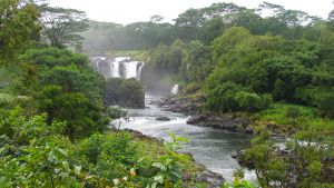 Beautiful Pe'epe'e Falls above the... [Photo of the day -  3 APRIL 2020]