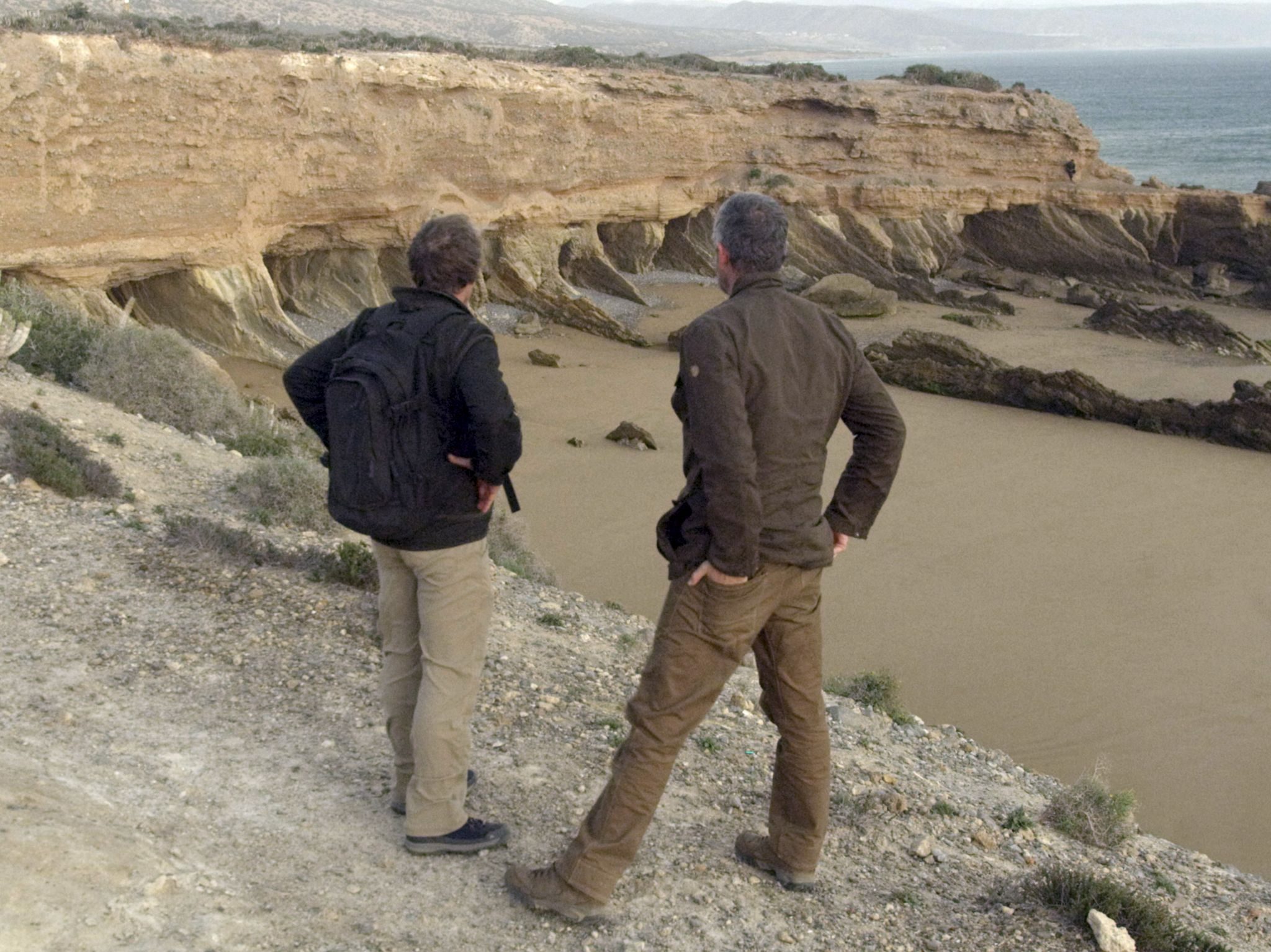 Geologist Eric Drummond and Host Sam Sheridan are analyzing an area on the coast that looks like... [Photo of the day - December 2020]