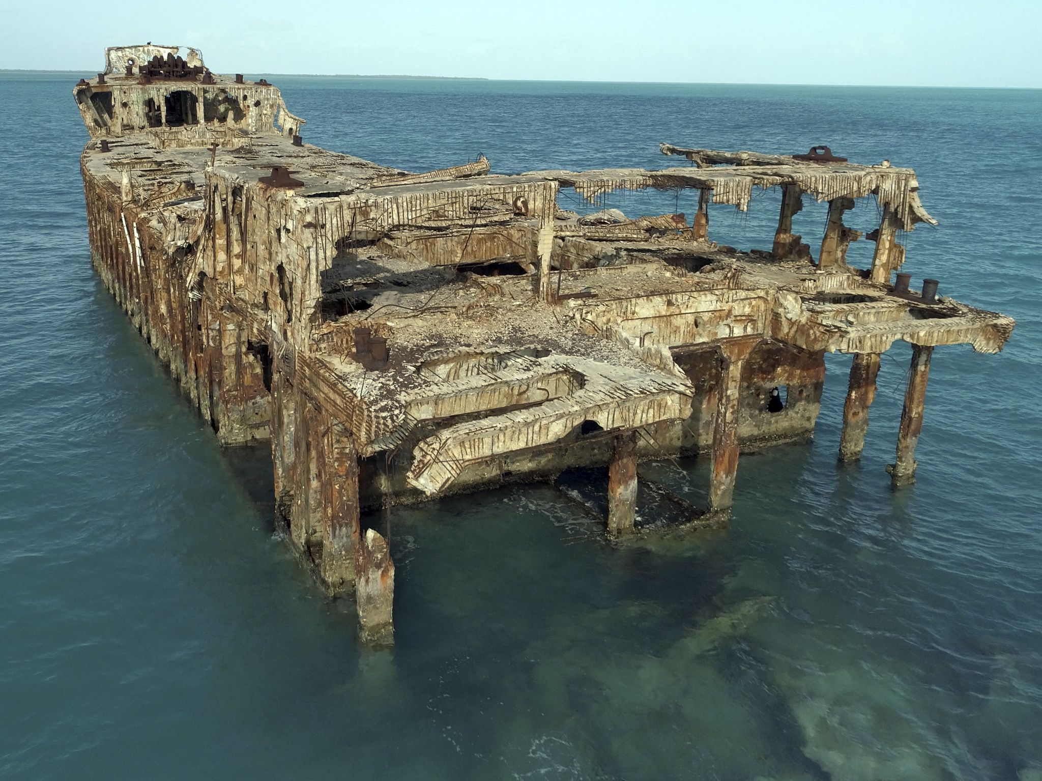 The SS Sapona is a shipwreck in the Bahamas that is also the last spot Flight 19 is known to... [Photo of the day - December 2020]