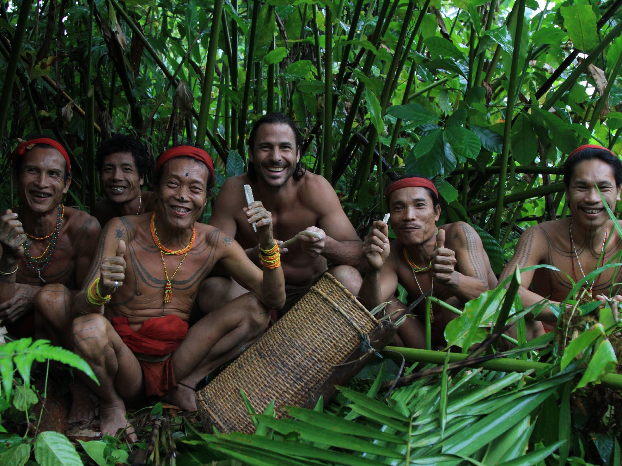 Hazen in forest with the Mentawia tribe. This image is from Primal Survivor. [Photo of the day - April 2021]