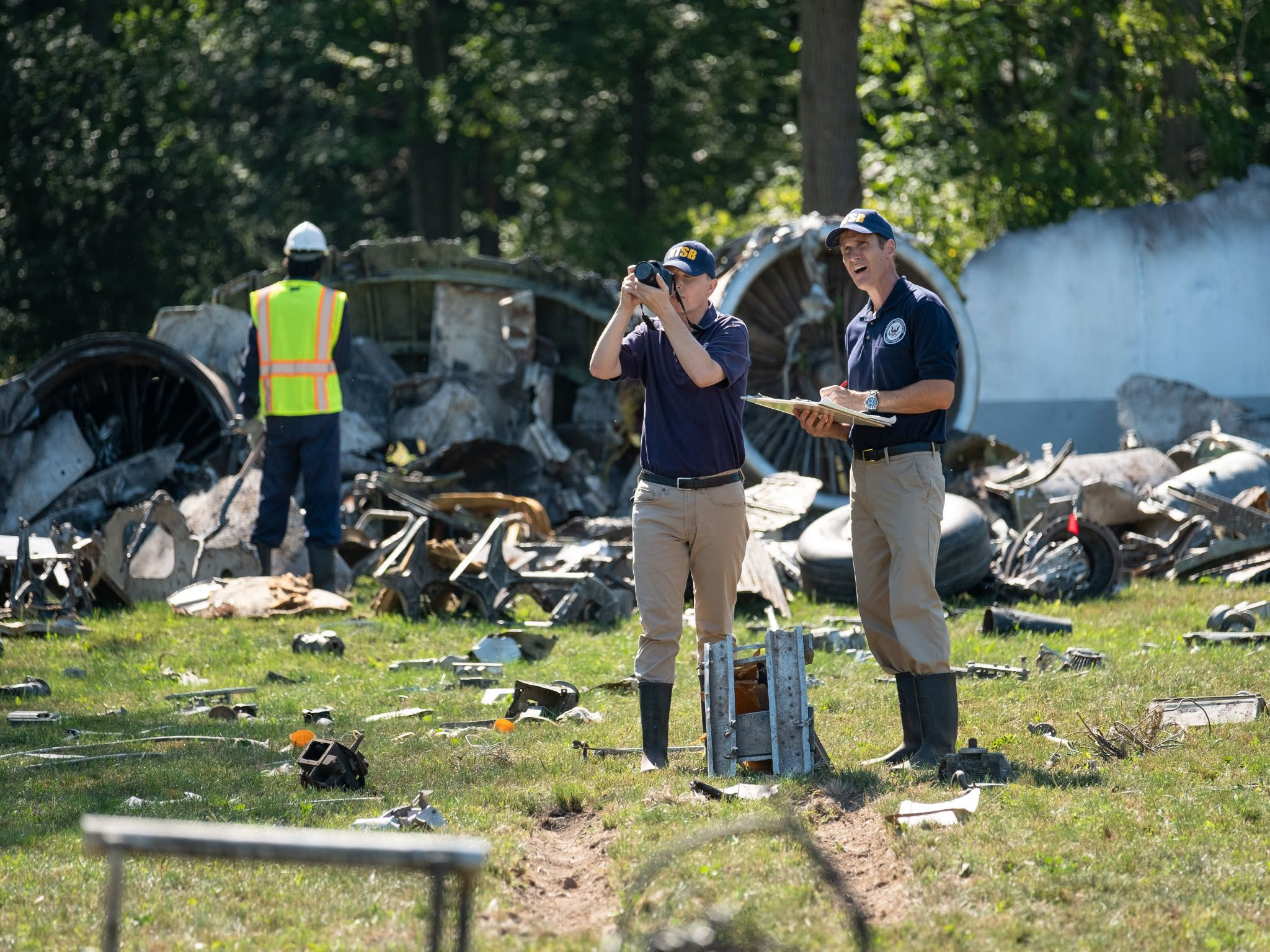 REENACTMENT - NTSB Investigator Joe Sedor (played by Jason Faulkner) reviews his notes, while a... [Photo of the day - April 2021]