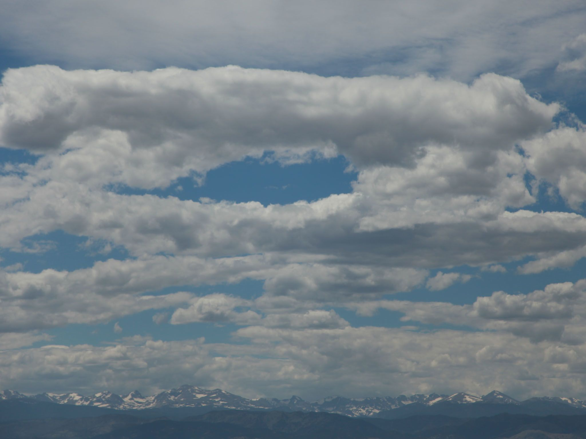 Erie, CO USA: Lenticular clouds that came over the Indian Peaks. This is from Weather gone Viral. [Photo of the day - May 2021]