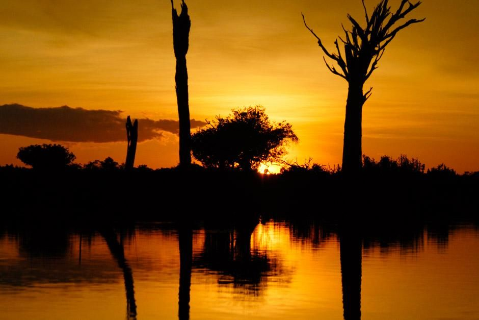 Sunset over the Amazon River. This image is from Wild Amazon. [Photo of the day - 六月 2012]
