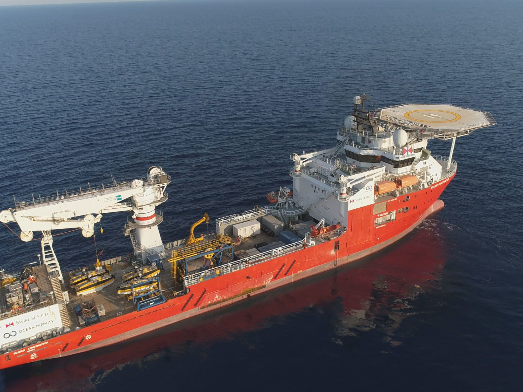 The new search for the Minerve in 2019 aboard Ocean Infinity's Seabed Constructor ship. This is... [Photo of the day - May 2021]