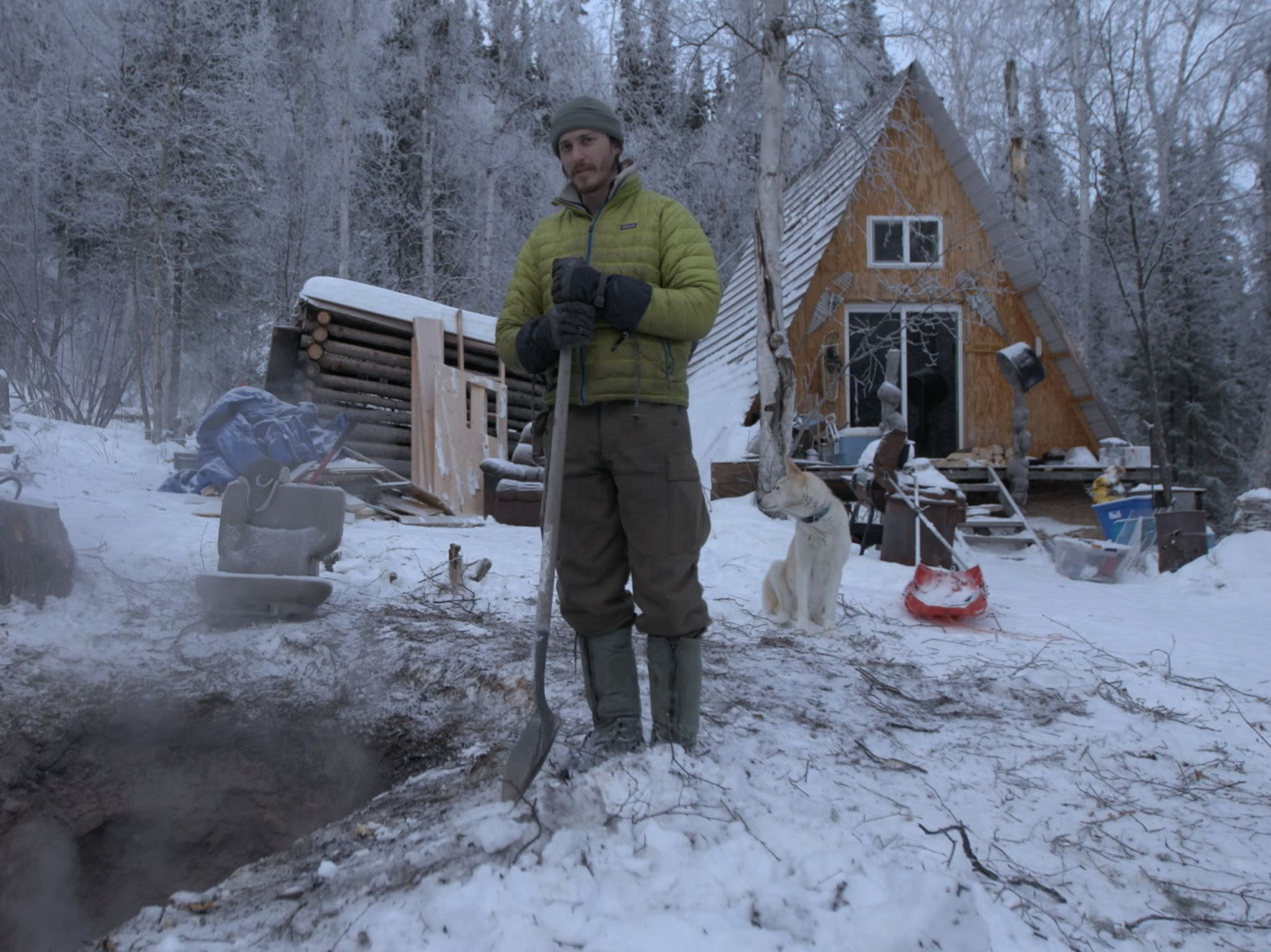 Alex Javor next to his fire pit. This is part of Alaskta: the next generation [Photo of the day - June 2021]