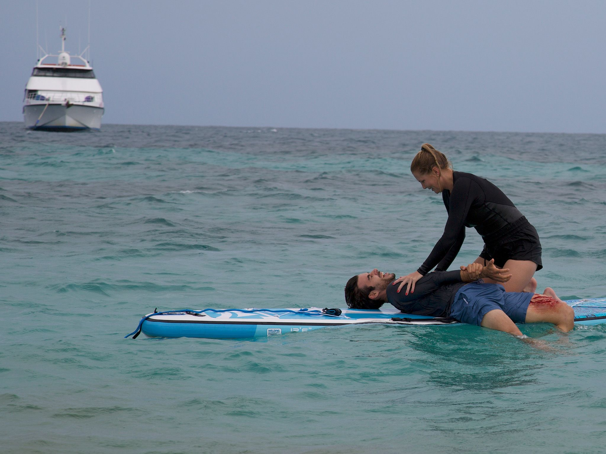 DRAMATIZATION: The third victim in a series of shark attacks in Australia's remote Whitsunday... [Photo of the day - July 2021]