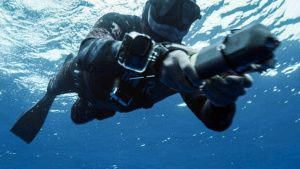 Professional free diver Deron... [Photo of the day - 28 JULY 2021]