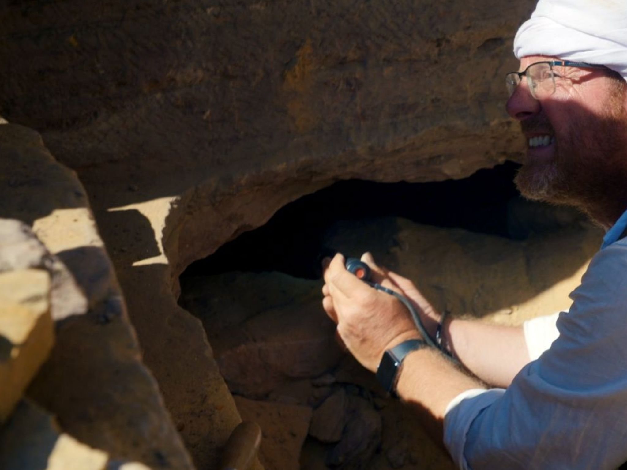 Egypt - Archaeologist, Alejandro Jimenez-Serrano, discovers a new tomb. This is from Lost... [Photo of the day - August 2021]