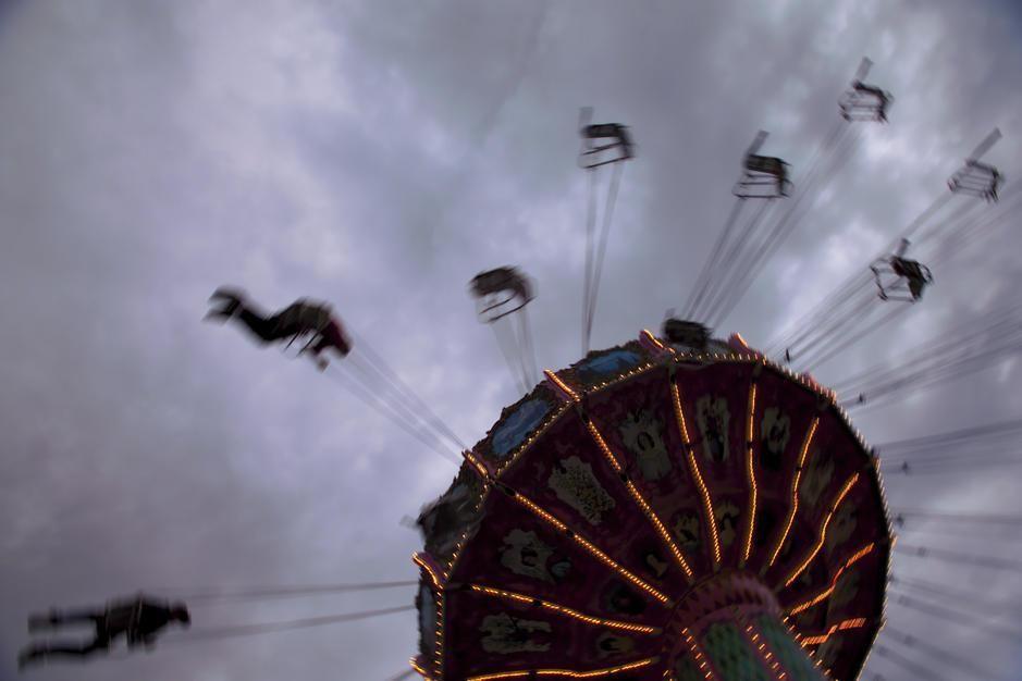 جولة بأرجوحة في مدينة ملاهي نيو مكسيكو، ظلت تعمل منذ... [Photo of the day - أكتوبر 2011]