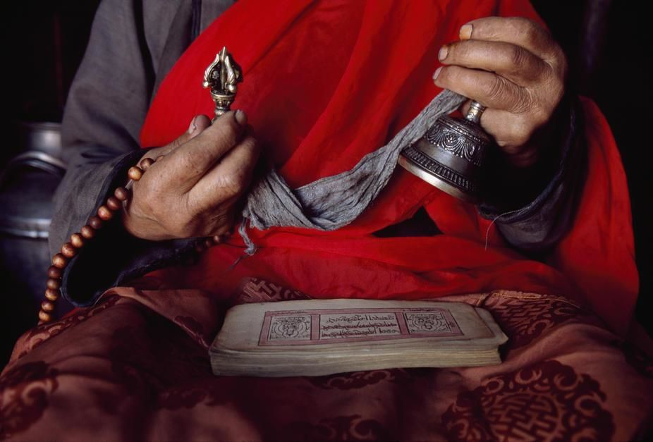 The only Tibetan Buddhist monk left in Renchilhumbe, Hovsgol Province. Mongolia. [Photo of the day - November 2011]