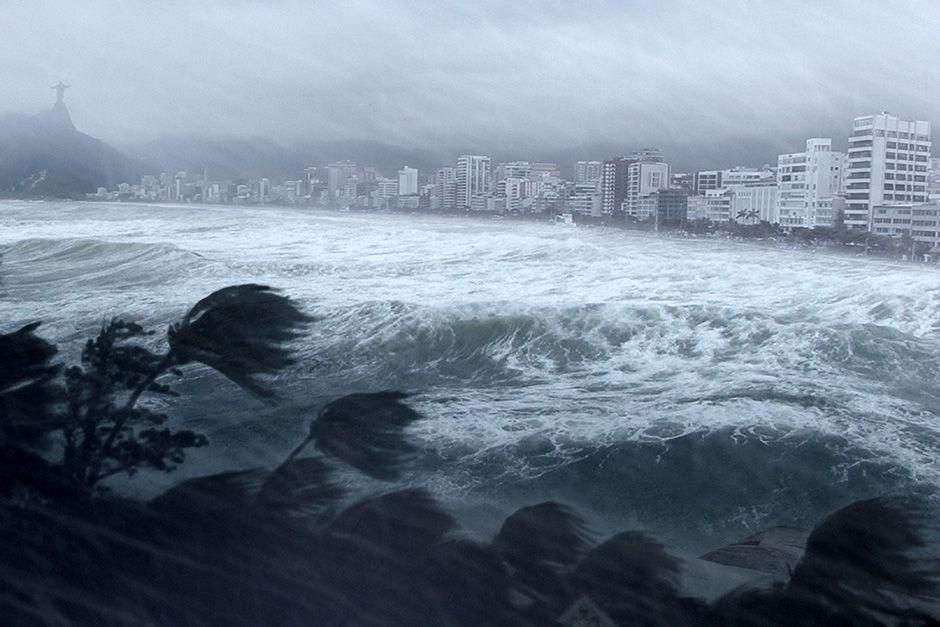 IMMAGINE CGI: Un uragano copisce Rio de Janeiro. [Foto del giorno - dicembre 2013]
