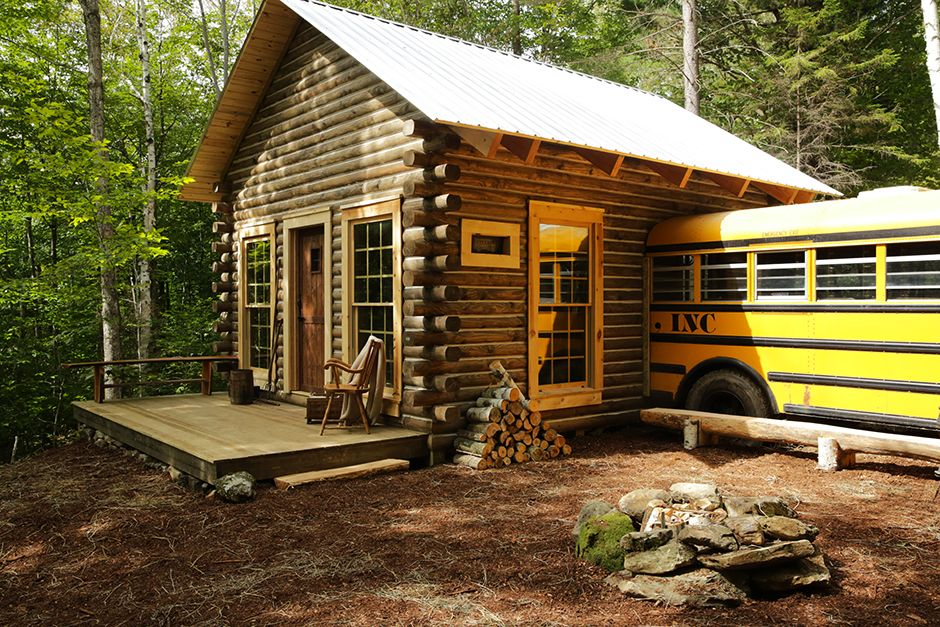 Arlington, VT, USA: The front of the cabin with a bus attached. This image is from Building Wild. [Photo of the day - May 2014]