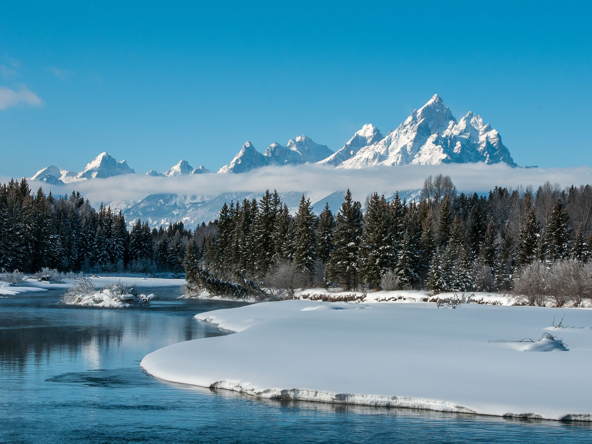Grand Teton National Park, Wyo.:The Snake River meanders in front of the Teton Mountains mid... [Photo of the day - آوریل 2015]