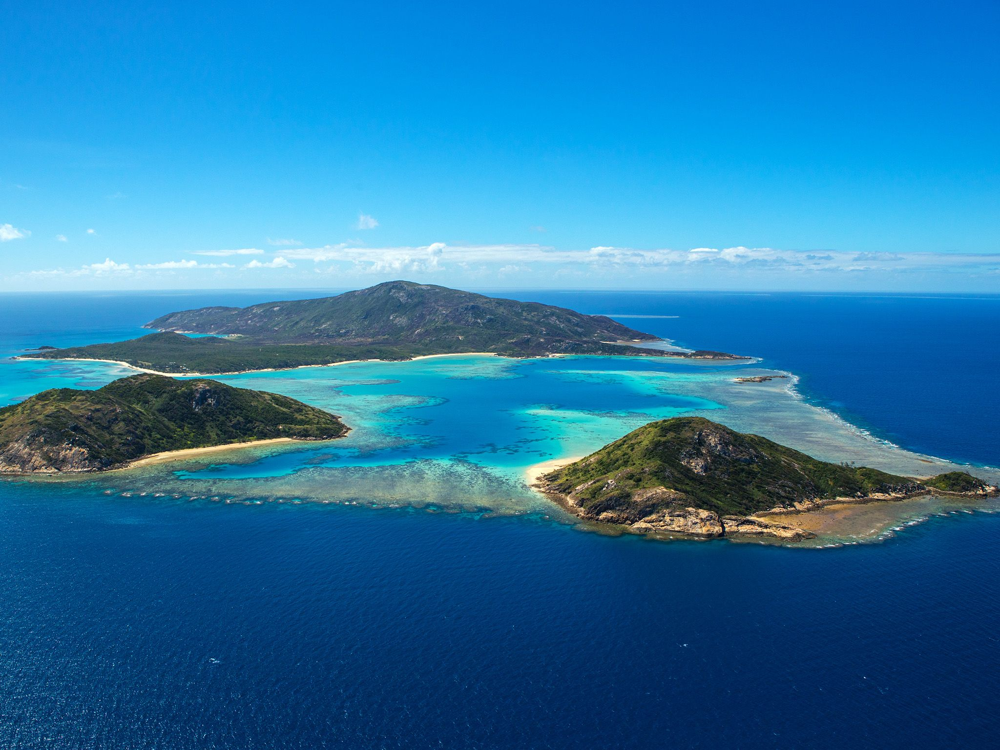 Great Barrier Reef: Aerial, Lizard Island. This image is from Life on the Barrier Reef. [Photo of the day - June 2015]