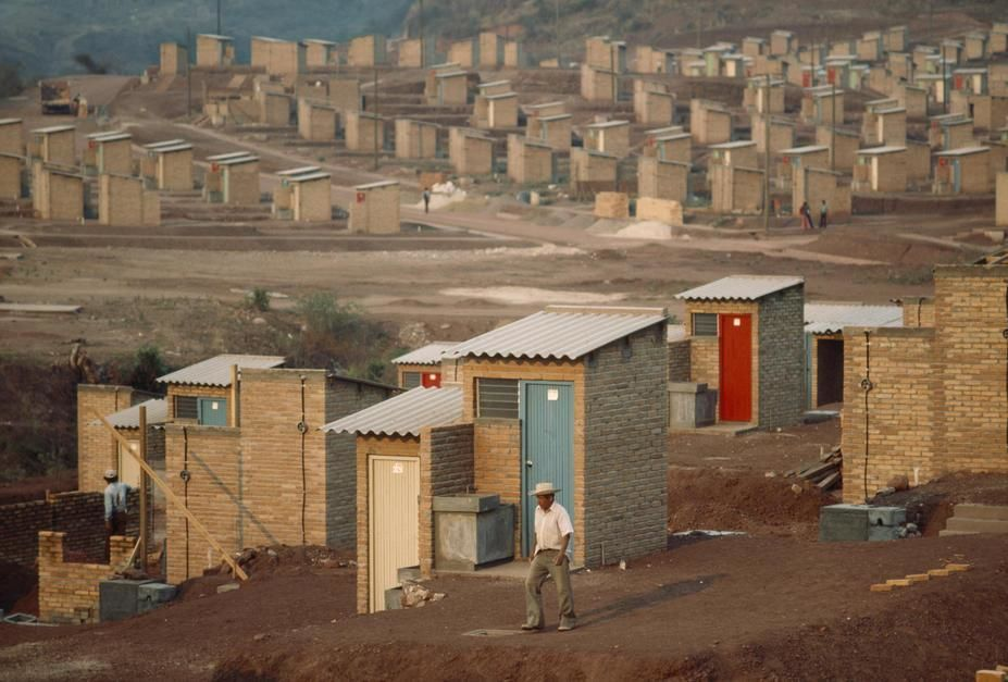 A bleak barrio of one room, tin roofed shacks in Tegucigalpa. [Photo of the day - June 2011]