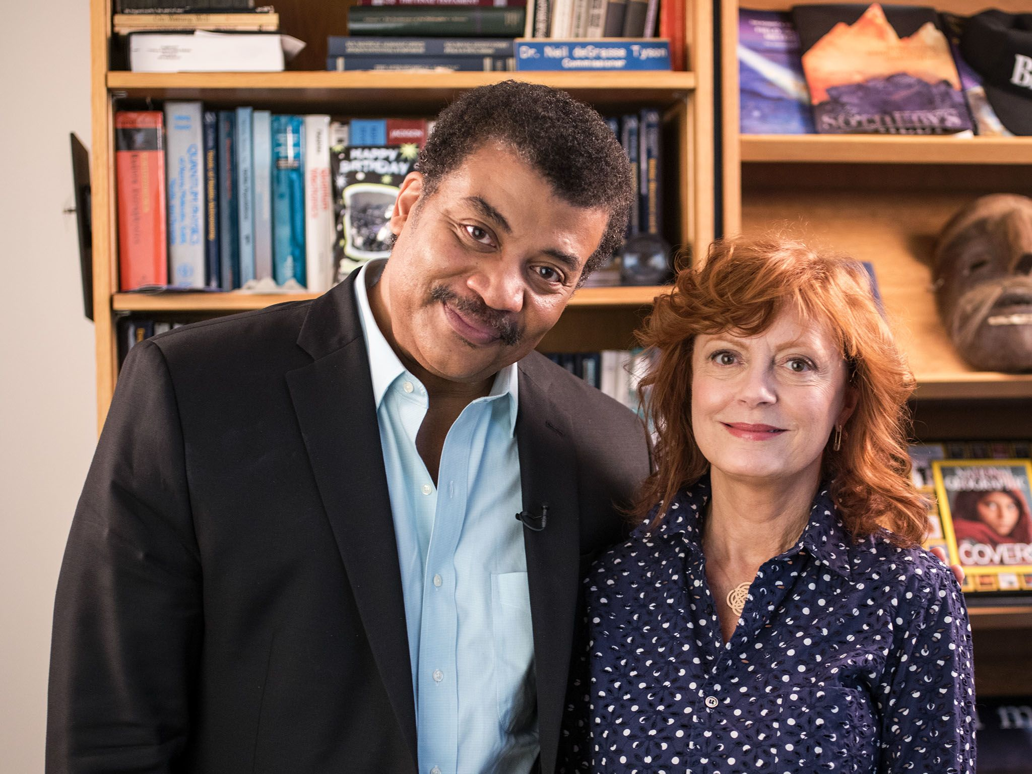 New York, N.Y.: Neil deGrasse Tyson and Susan Sarandon in Neil's office at the American Museum... [Photo of the day - January 2016]
