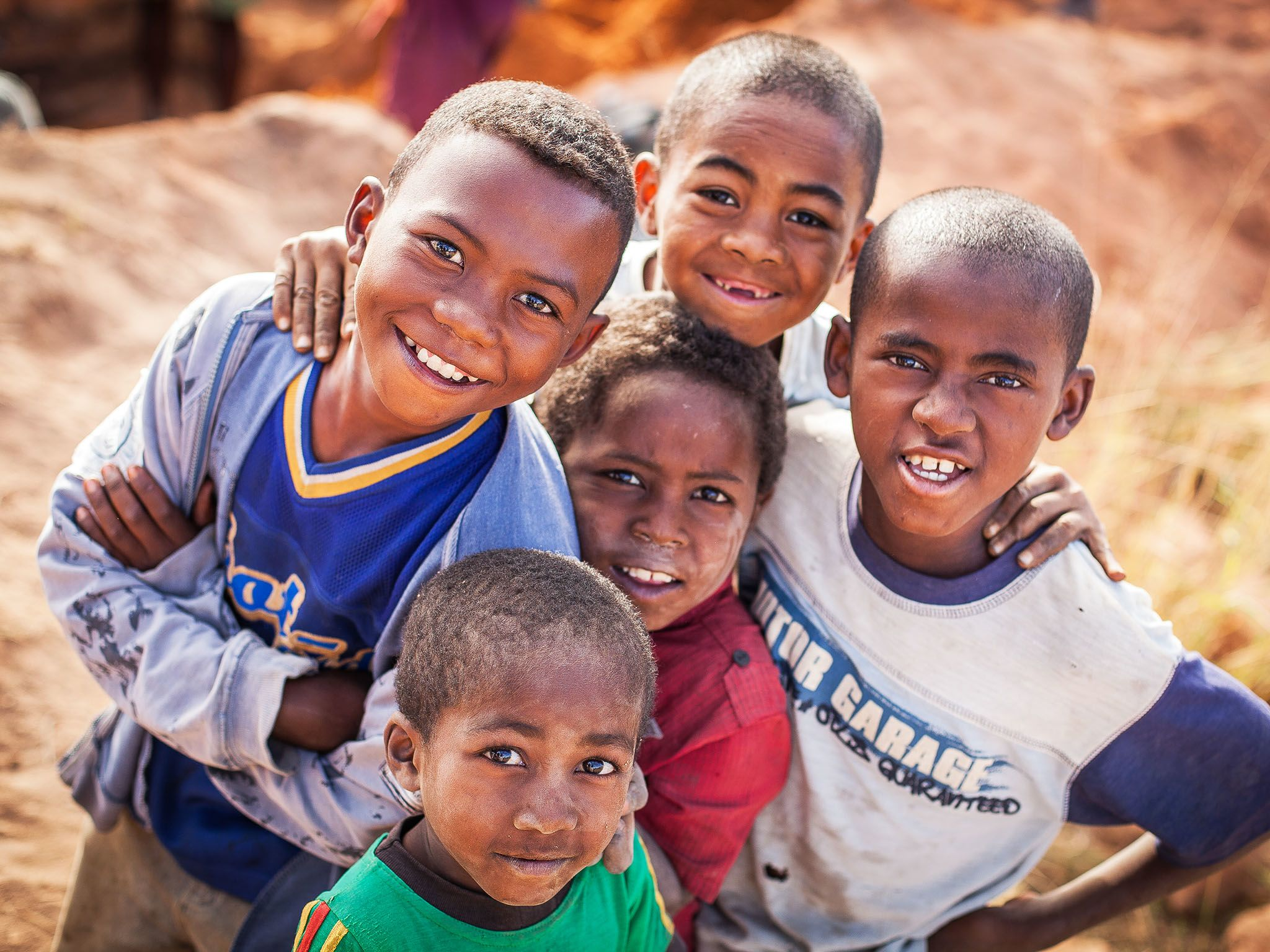 Tulear, Madagascar: Five local boys. This image is from Mine Kings. [Photo of the day - مارس 2016]