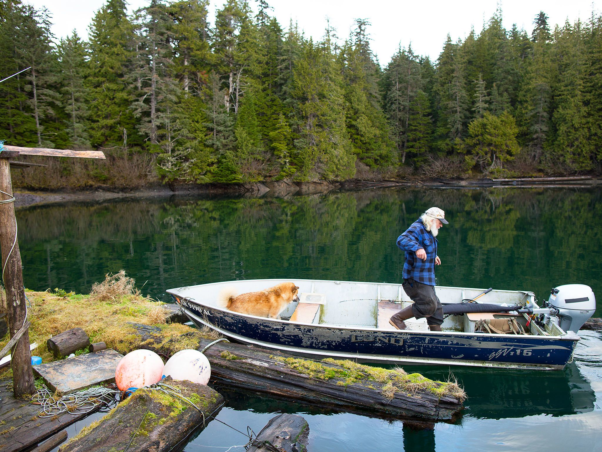 Port Protection, Alaska: Gary Muehlberger visita la sua vecchia casa galleggiante a Port... [Foto del giorno - giugno 2016]