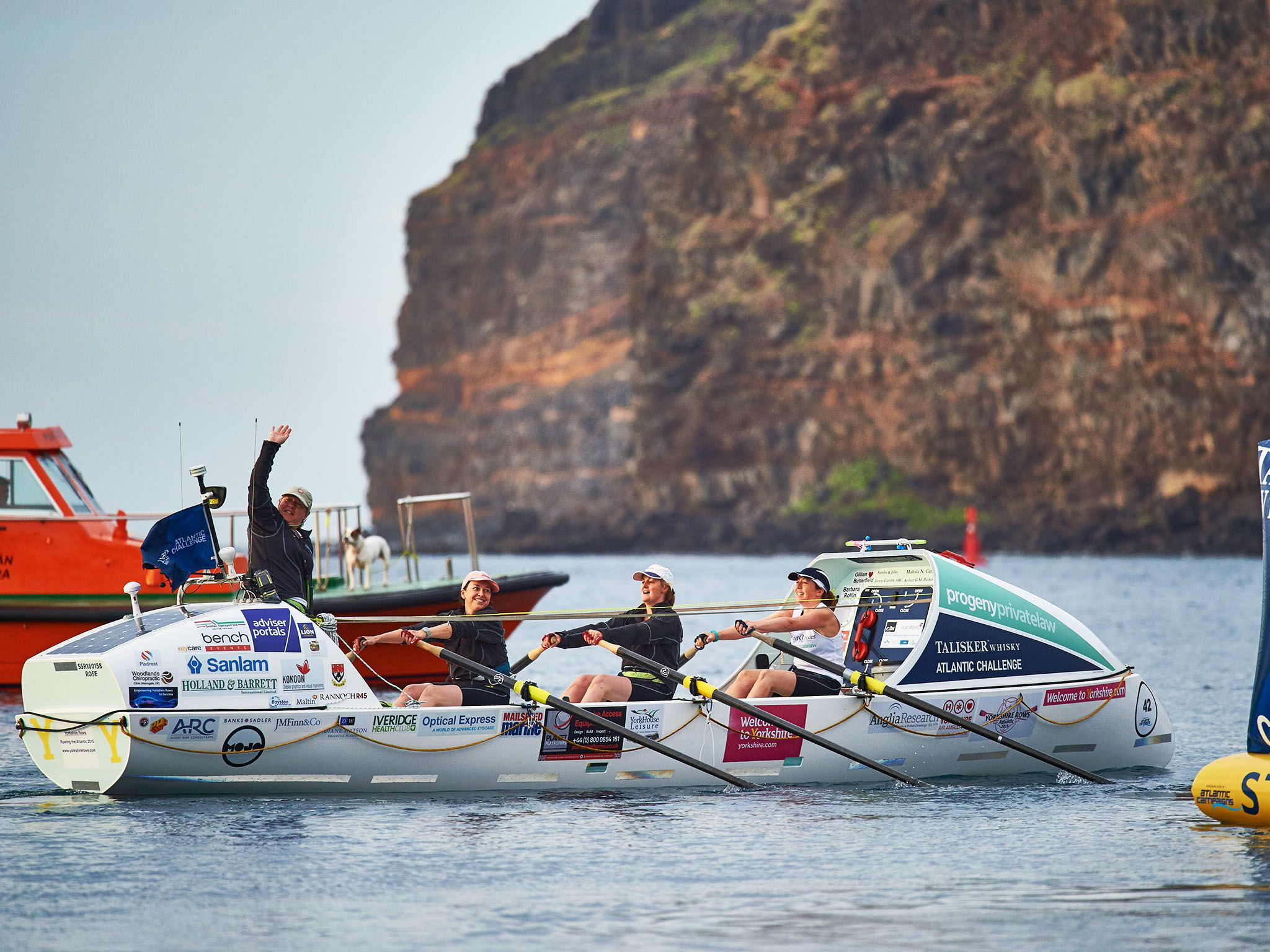 La Gomera: Four Mums from Yorkshire depart la Gomera as they attempt to break a world record for... [Photo of the day - June 2016]