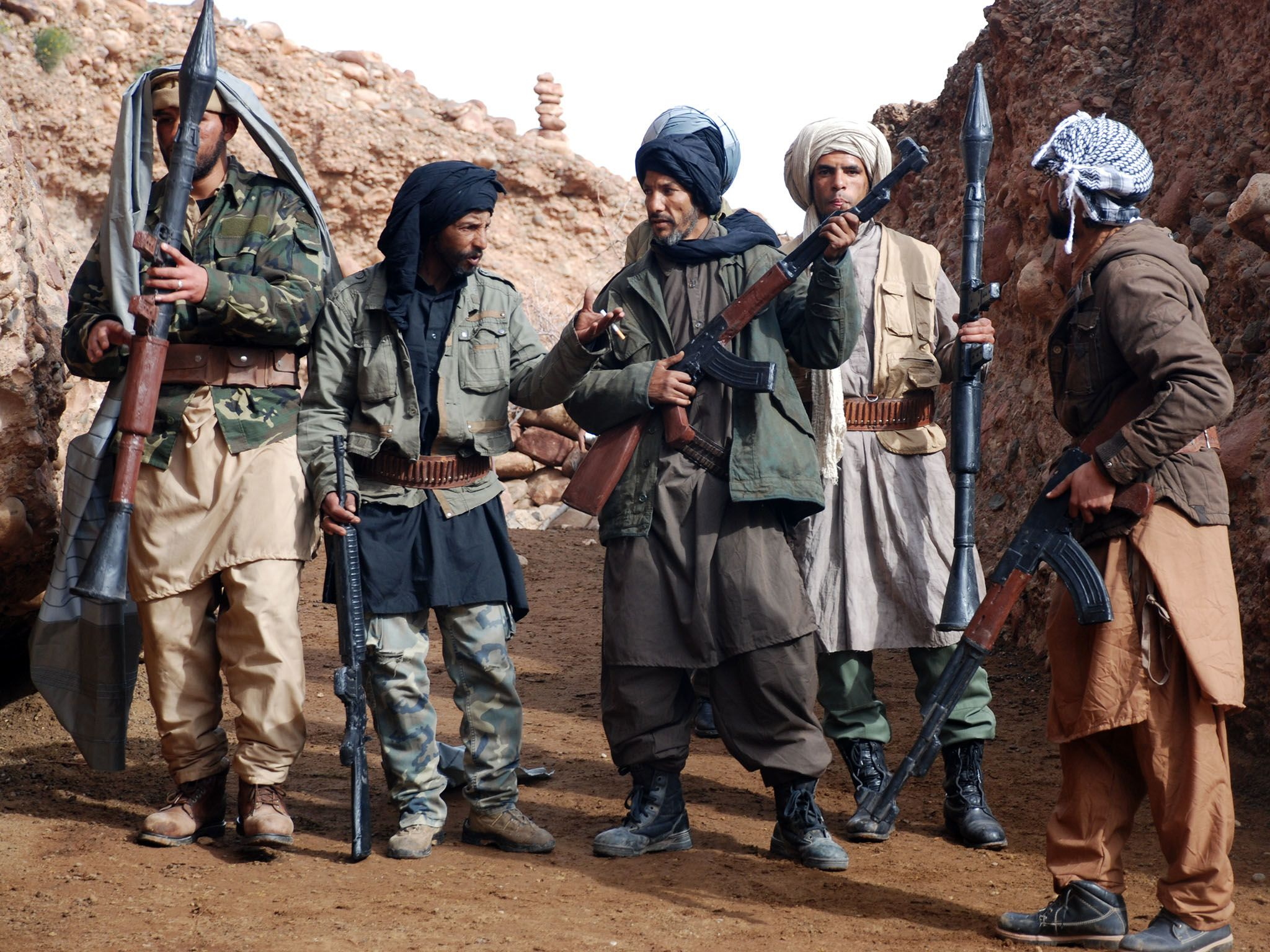Ouazazate, Morocco:  (Re-enactment) Al Qaeda fighters in the caves of Tora Bora. This image is... [Photo of the day - نوامبر 2016]