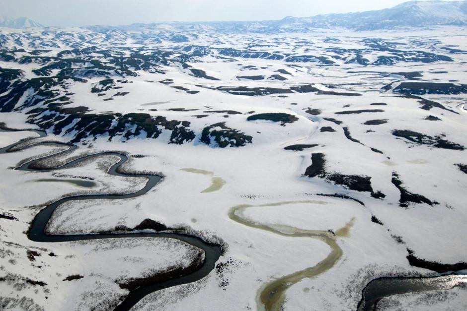 شبه جزیره کامچاتکا در روسیه جایی است که آتش و یخ با هم... [Photo of the day - فوریه 2012]