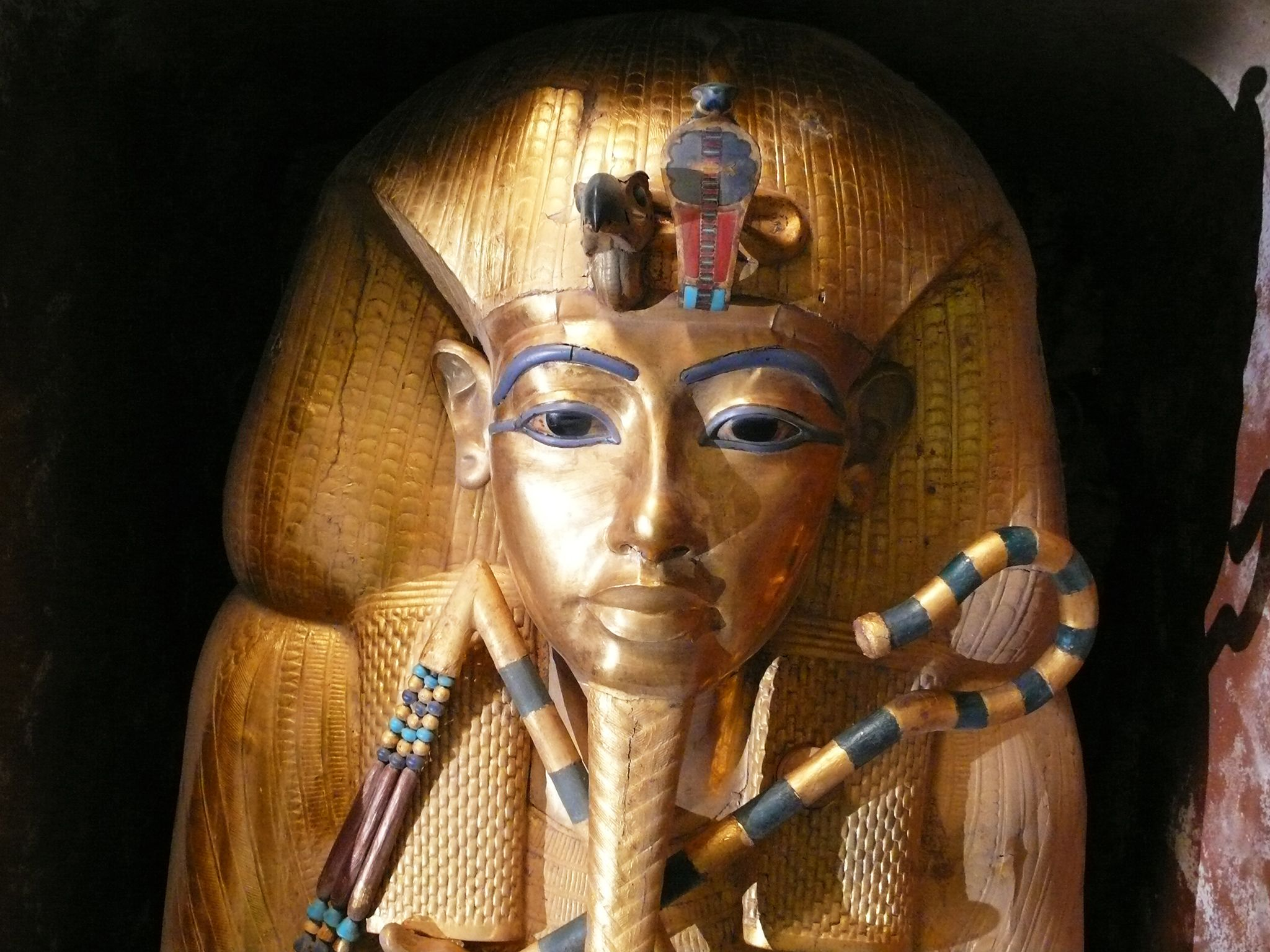 Tutankhamun gold sarcophagus - front on.  This image is from Tut's Treasures. [Photo of the day - March 2018]