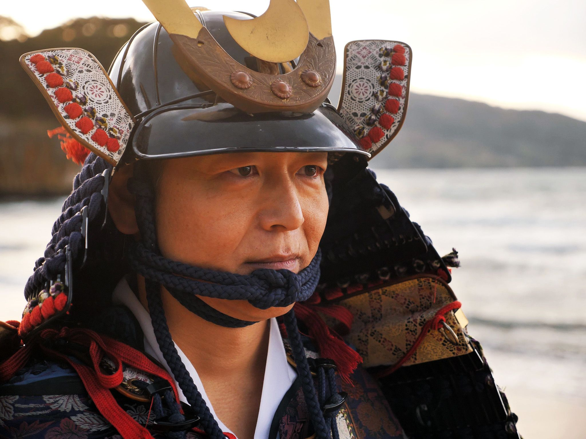 Japan:  Dressed as a Japanese warrior, this actor re-enacts the 1281 invasion of the Mongol... [Foto del giorno - luglio 2018]