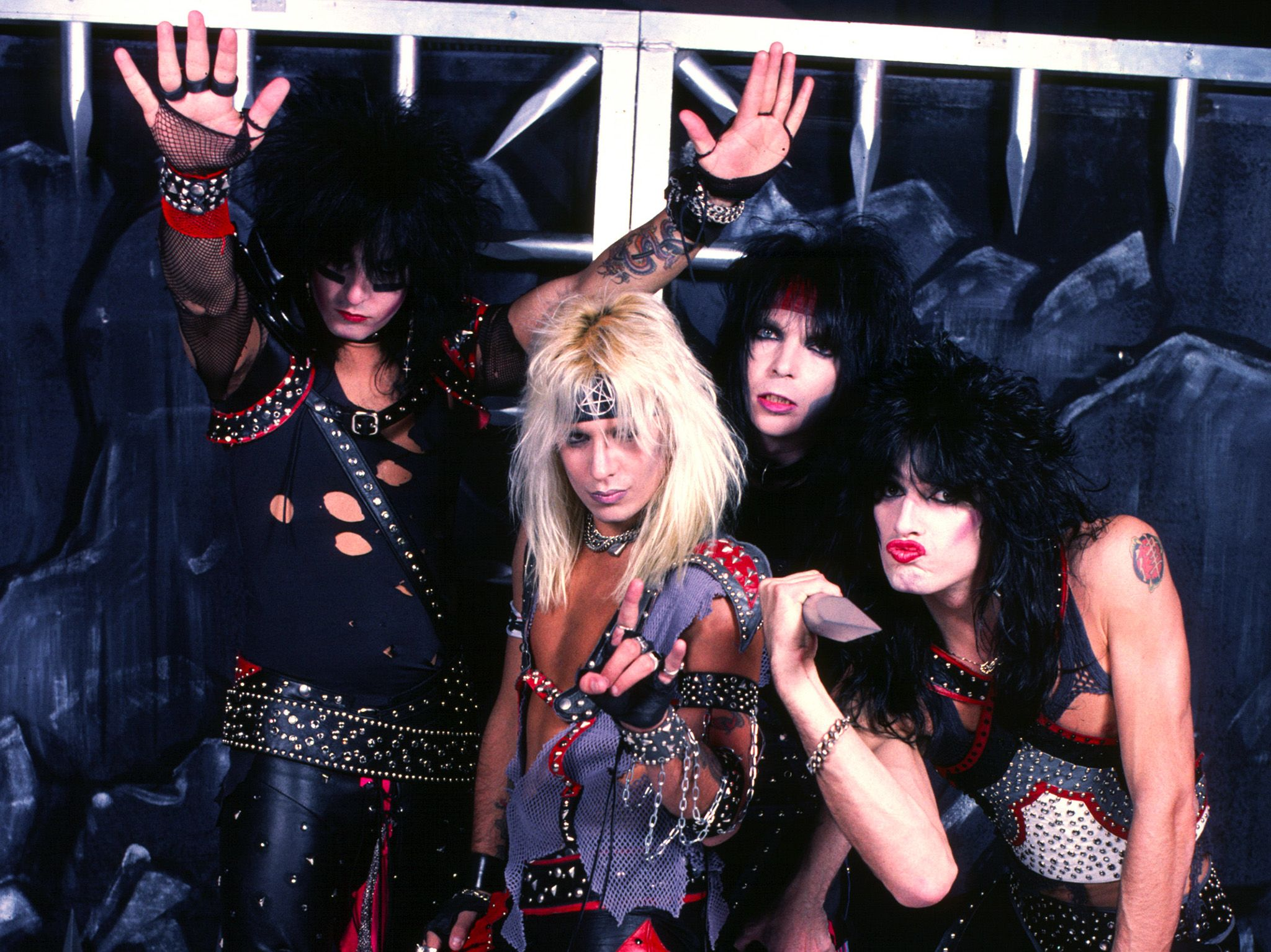 Mötley Crüe. This image is from Decades Remixed: The '80s Greatest. [Photo of the day - October 2018]