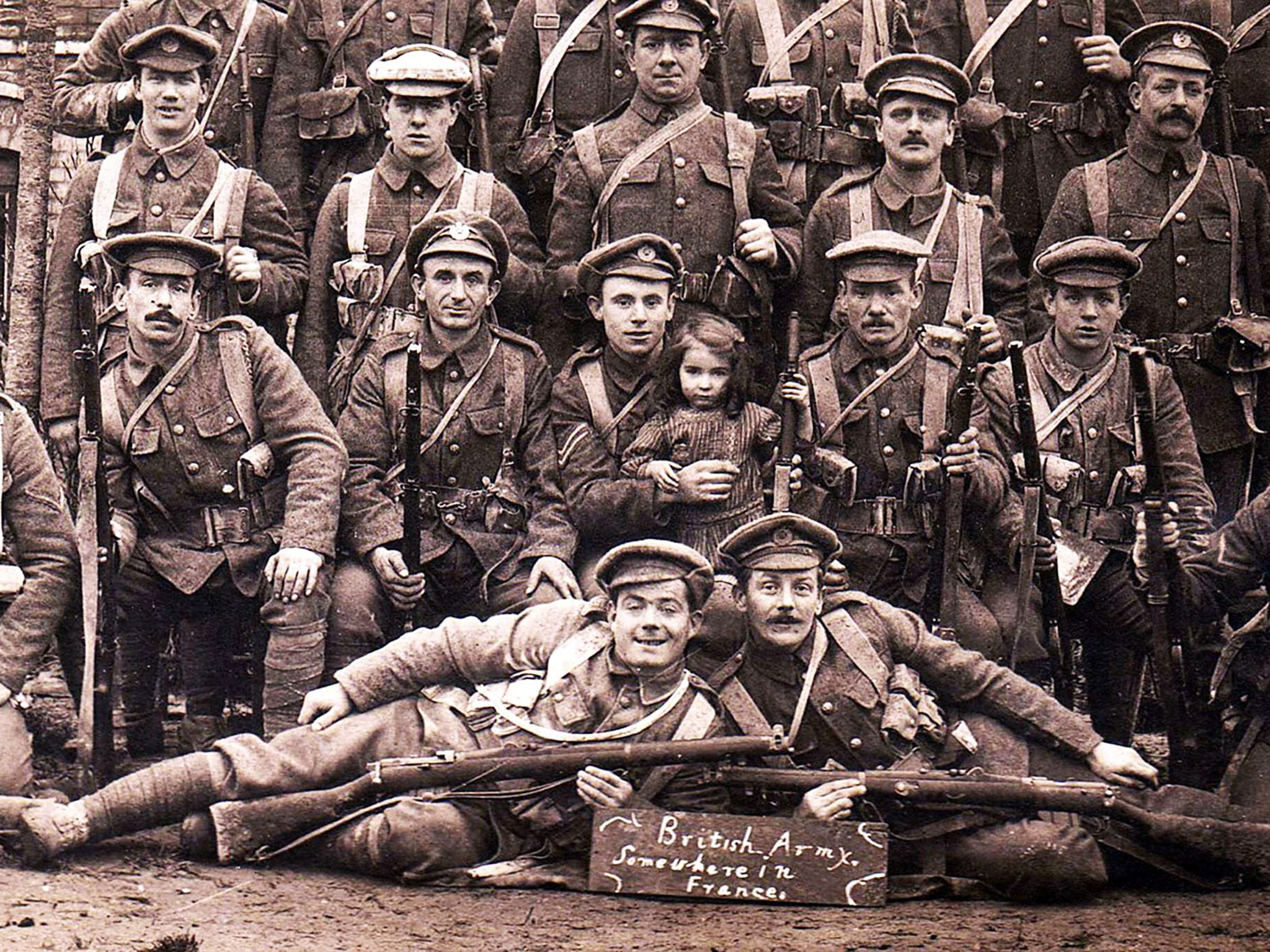 France:  Picture of the British Army. This image is from WWI: The Tunnels of Death. [Foto del giorno - November 2018]