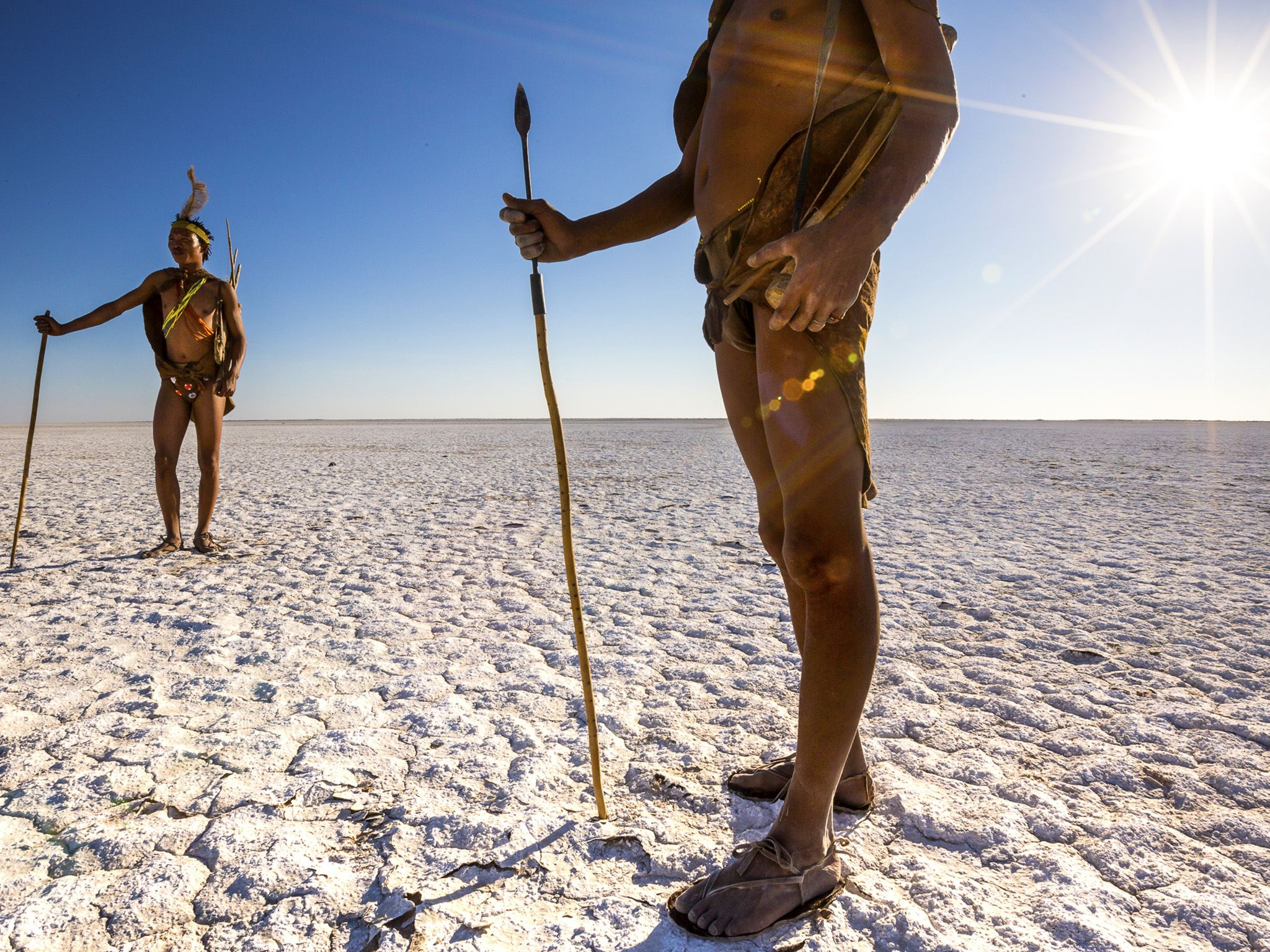 Botswana:  Xoma Xkgao and Xoma Xwii traverse the Makgadikgadi pans as a bush walk for tourists... [Photo of the day - January 2019]