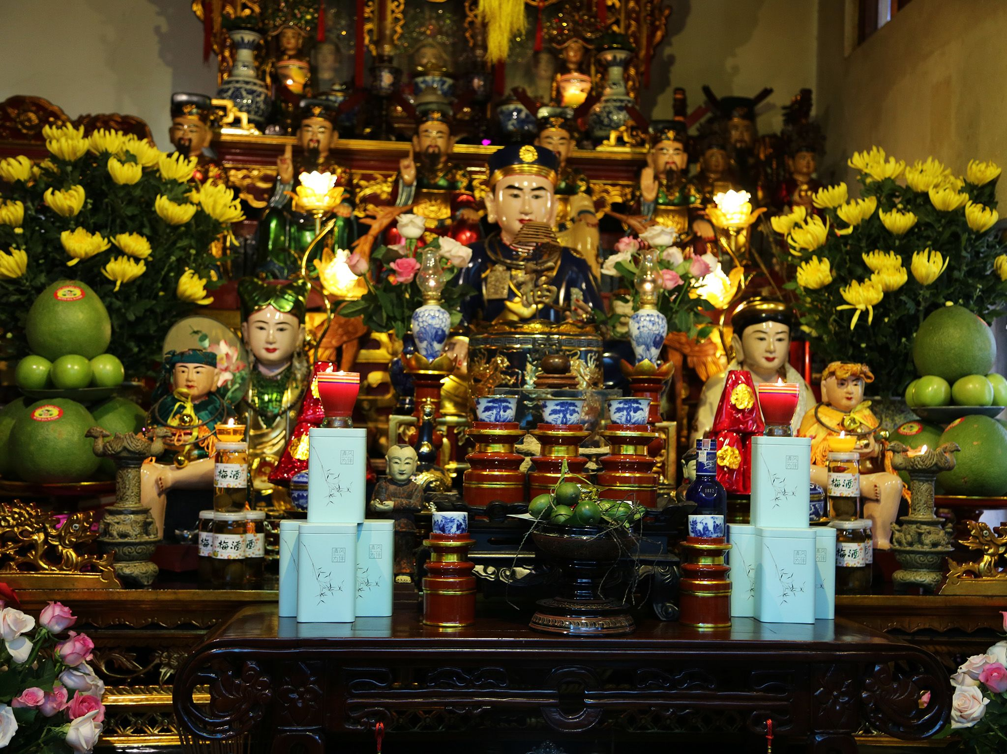 Shrine at the home of the Dao Mao Medium.  This image is from The Story of God With Morgan Freeman. [Photo of the day - March 2019]