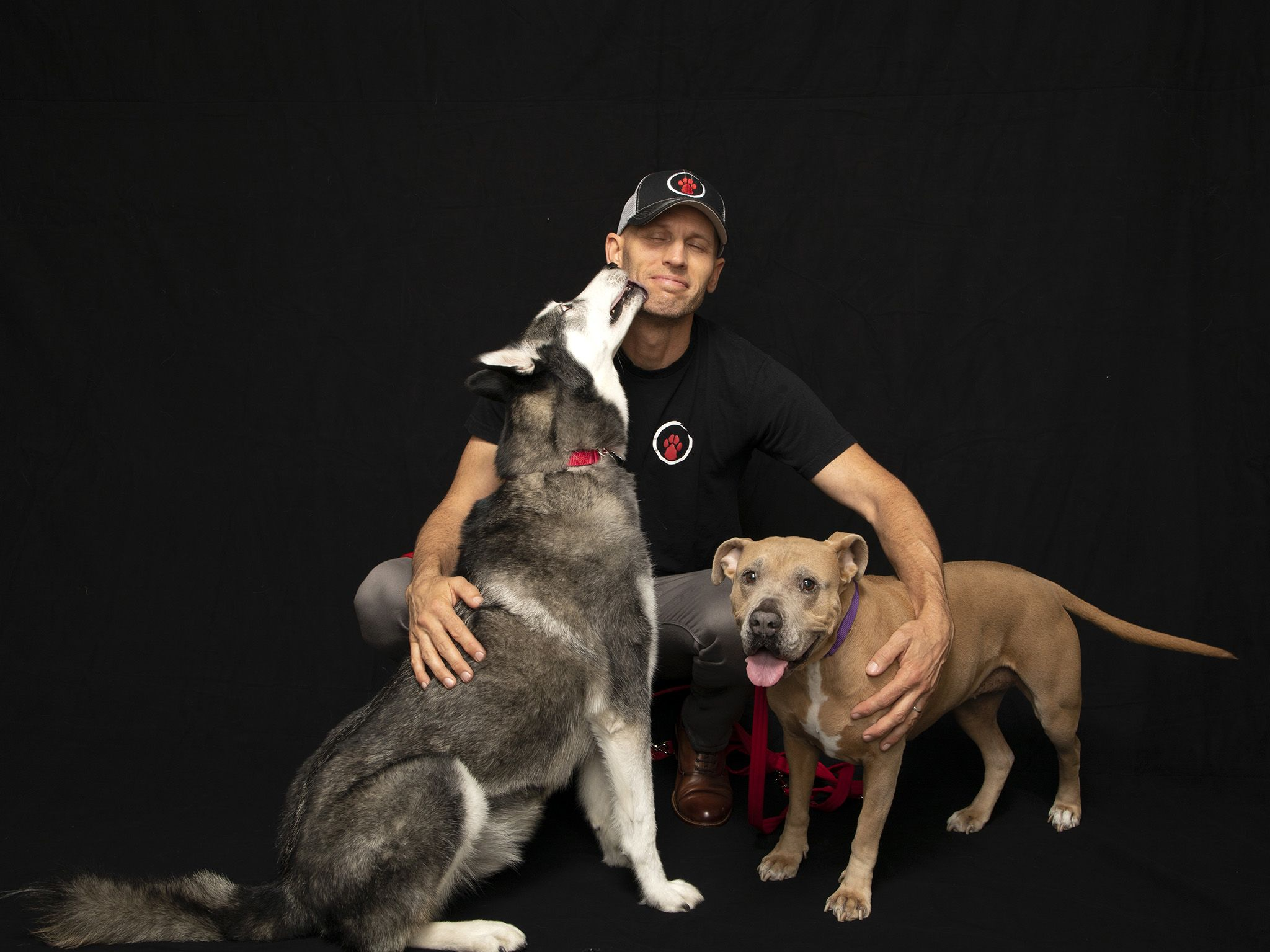 Matt Beisner, host of National Geographic's Dog: Impossible. This image is from Dog: Impossible. [Photo of the day - سپتامبر 2019]