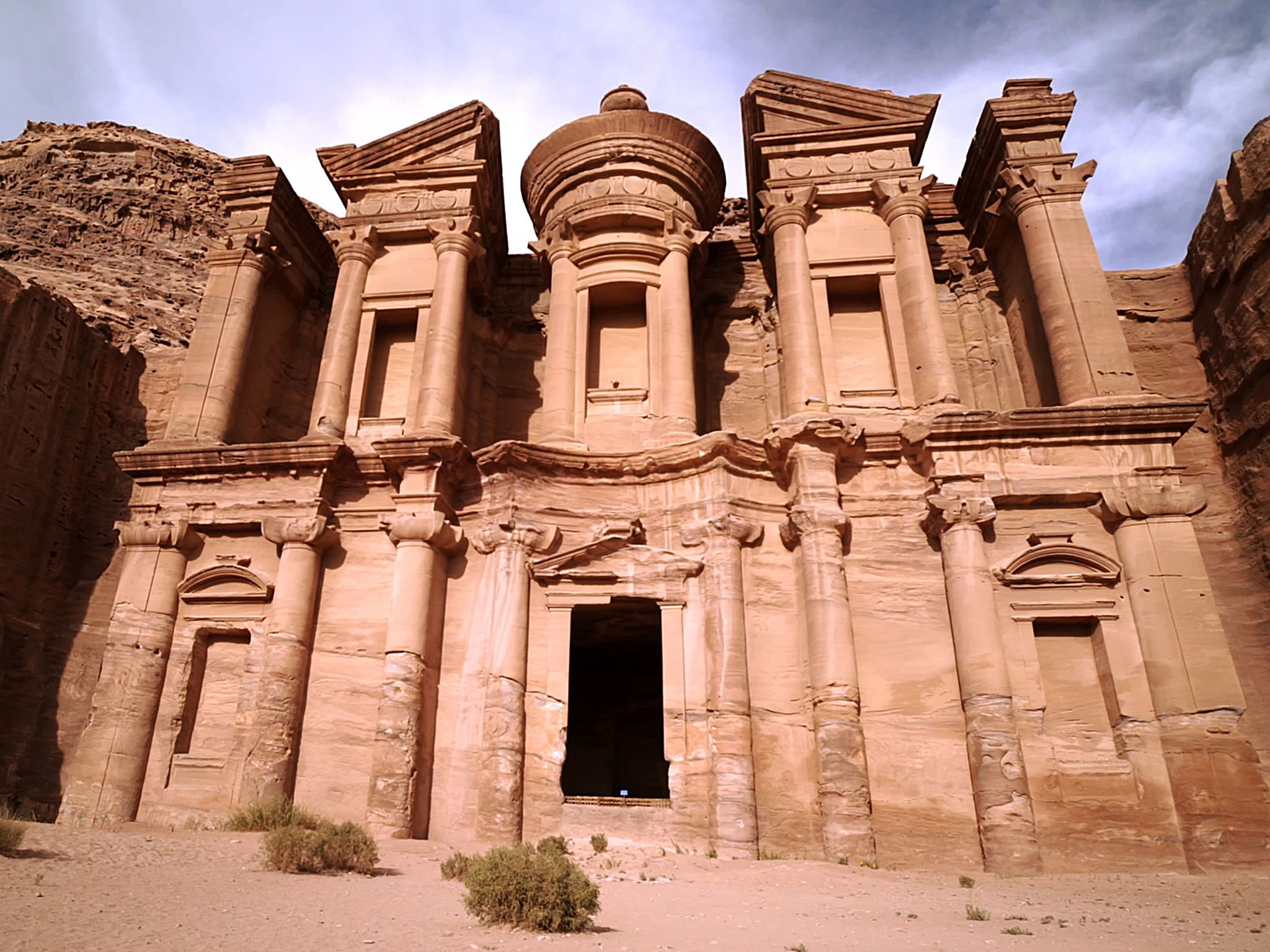 The facade of Ad-Dier, or the Monastery, in the ancient city of Petra. This image is from Petra:... [Photo of the day - سپتامبر 2019]
