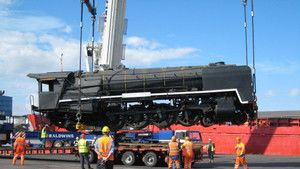 100 tonne train photo
