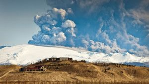 Iceland Volcano Eruption photo