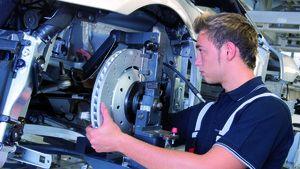 مصانع عملاقة صورة