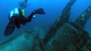 Underwater Battlefield photo