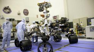 Building the Mega Rover photo