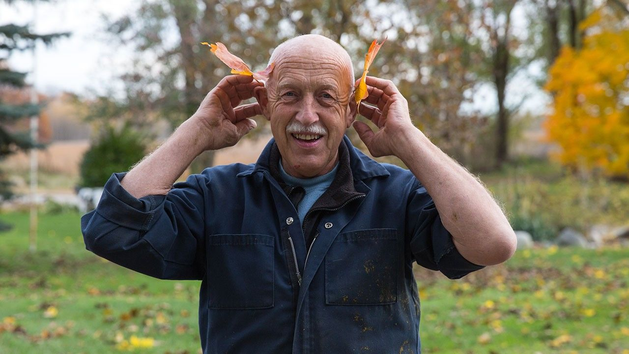 """An Ode to the Tried-and-True: How Nat Geo Wild's """"Incredible Dr  Pol"""