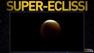 L'eclissi della Super Luna foto