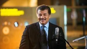 Il presentatore Neil deGrasse Tyson foto