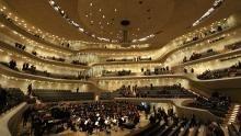 The Elbphilharmonie show