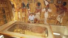Tut's Tomb show