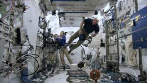 24/7 في محطة الفضاء الدولية صورة