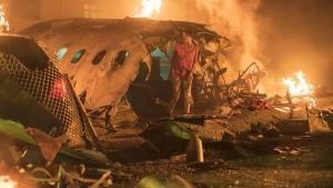 سقوط الطائرة صورة