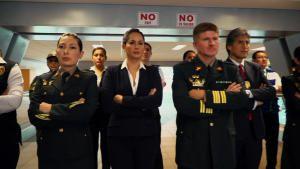 بازرسی فرودگاه پرو عکس