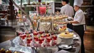 Mega Food photo