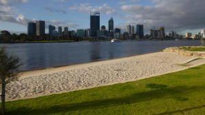 Australia's Deadliest Coast photo