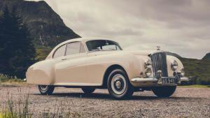 Bentley Continental Gt photo
