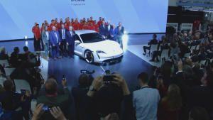 Porsche Taycan photo